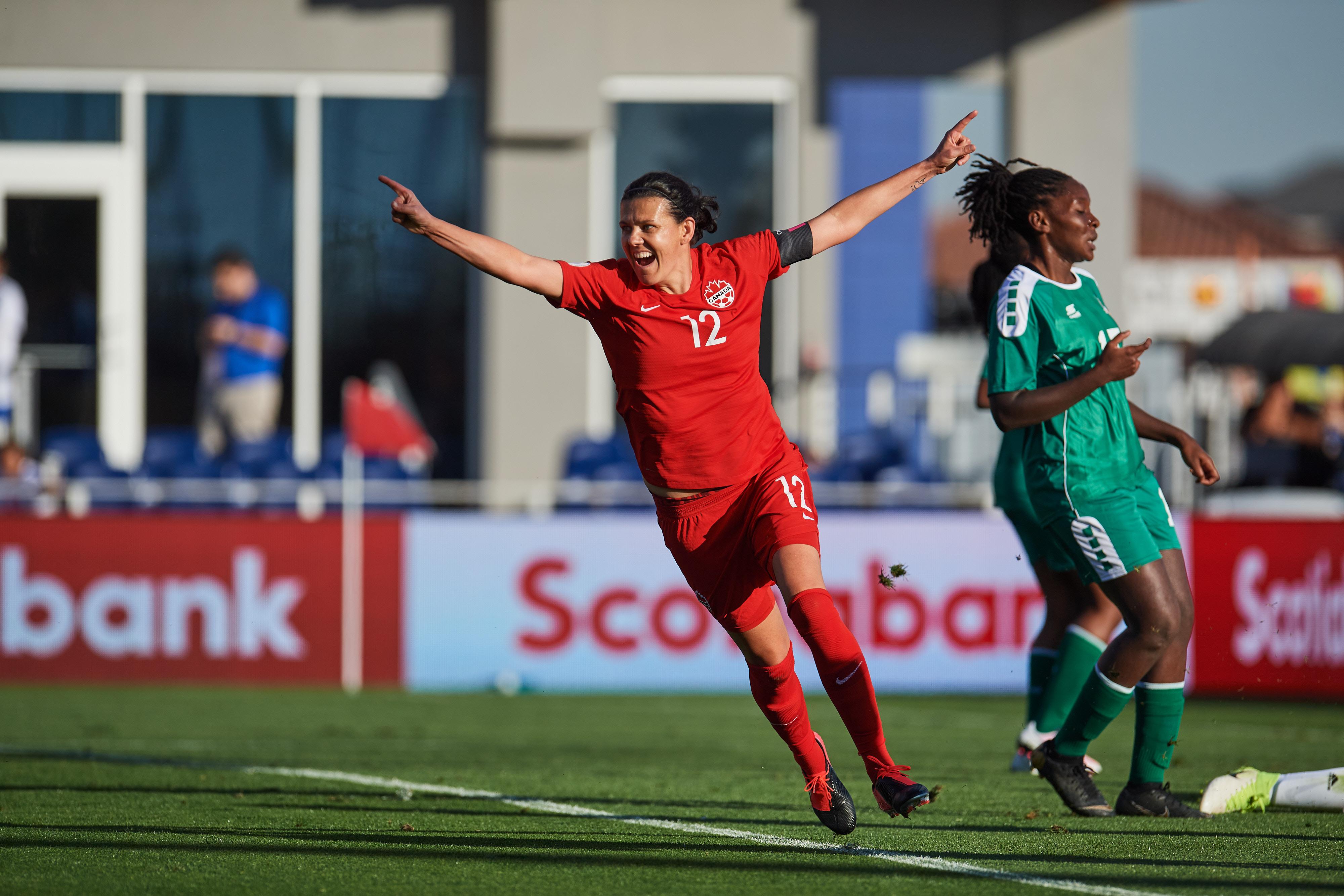 Canada FW Christine Sinclair sets international goal record